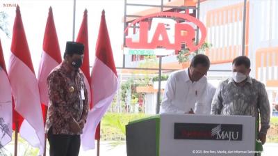 Tinggalkan Energi Fosil, Presiden Jokowi Pindah ke EBT