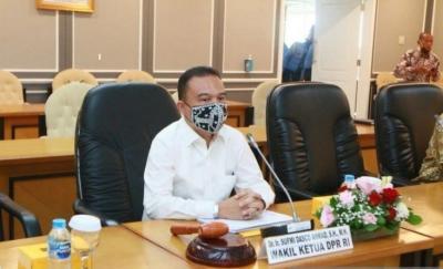 Banyak Terima Keluhan soal Asuransi yang Merugikan, Wakil Ketua DPR: Polisi Harus Tindak Tegas