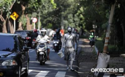 70 Manusia Silver di Kota Bekasi Terjaring Razia