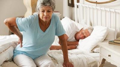 5 Alasan Wanita Lebih Rentan Osteoporosis dibanding Pria