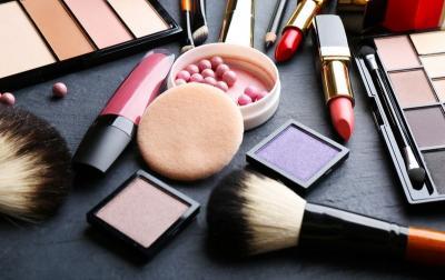 Sering Ada di Produk Kecantikan, Apa Sih Manfaat Gliserin?