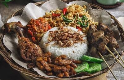 5 Makanan Khas Indonesia yang Mendunia, Jadi Favorit Turis Loh