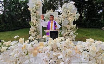 Profil Andre Talabessy, Pastor yang Pimpin Pemberkatan Pernikahan Jessica Iskandar dan Vincent Verhaag