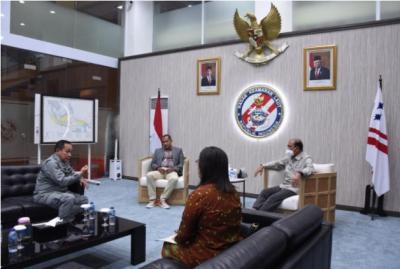Bahas Keamanan Laut, Wakil Ketua DPD dan Wamenkumham Sambangi Kepala Bakamla
