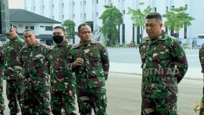 Ketika Prajurit TNI Berbadan Gembrot Mengundang Gelak Tawa