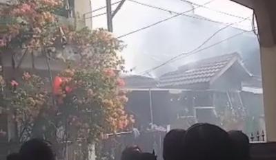 Rumah Ludes Terbakar, Kucing Kesayangan Ikut Terpanggang