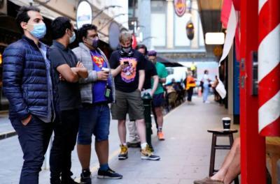 Girangnya Warga Melbourne Usai Lockdown Terlama di Dunia, Klakson Bersahutan hingga Antre Potong Rambut