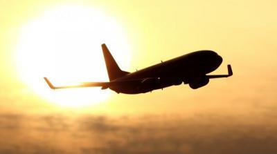 Pria Ini Cekik Istri hingga Tewas lalu Jasadnya Dilempar Keluar Pesawat