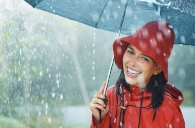 Mau Traveling tapi Musim Hujan, Berikut Tipsnya Biar Perjalanan Tetap Asyik