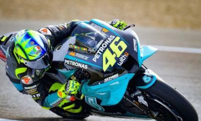 MotoGP Emilia Romagna 2021, Valentino Rossi Pakai Helm Spesial saat Balapan Terakhir di Sirkuit Misano