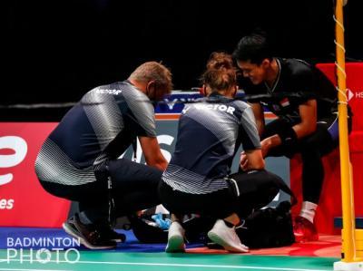 Gugur di Perempatfinal Denmark Open 2021, Jonatan Christie Minta Maaf dan Unggah Foto Cedera