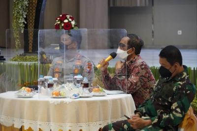 Terdampak Pandemi, Budayawan dan Seniman Jatim Curhat ke Mahfud MD