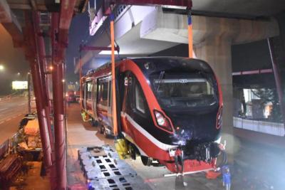 Kereta LRT Jabodebek Tabrakan, Adhi Karya Colek KAI dan Inka