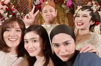 Selamat, Ashilla Zee Eks Blink Resmi Menikah