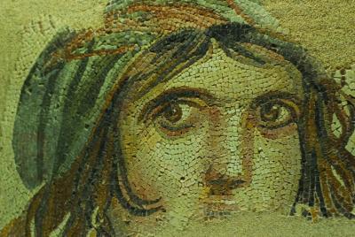 """Melihat Mosaik """"Mona Lisa"""", Sang Gadis Gipsi di Museum Zeugma Turki"""