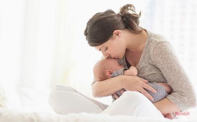 Tak Cuma ke Bayi, ASI Buat Otak si Ibu Sehat Loh