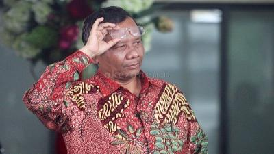 Mahfud MD Inspektur Upacara Pemakaman Sudi Silalahi di TMP Kalibata