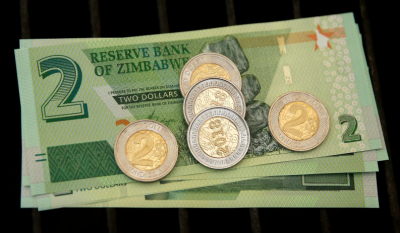 Zimbabwe Bisa Bayar Utang Setelah 20 Tahun, Negara Hiperinflasi hingga 106%