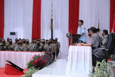 Panglima TNI Beri Pembekalan di Sespim Polri: Persatuan dan Sinergitas Mampu Selesaikan Persoalan