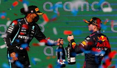 Ternyata, Max Verstappen dalam Kondisi Sakit saat Kalahkan Hamilton di F1 GP AS 2021