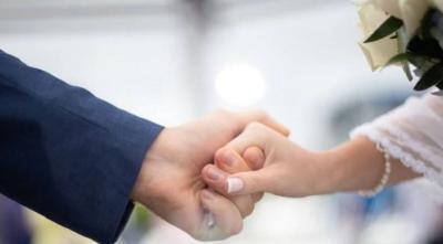 Viral Resepsi Pernikahan Ambyar Diterjang Banjir, Doa Mantan?