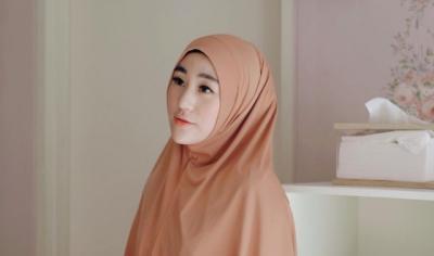 Kisah Selebgram Cantik Larissa Chou Mantap Jadi Mualaf, Tetap Islam meski Telah Bercerai