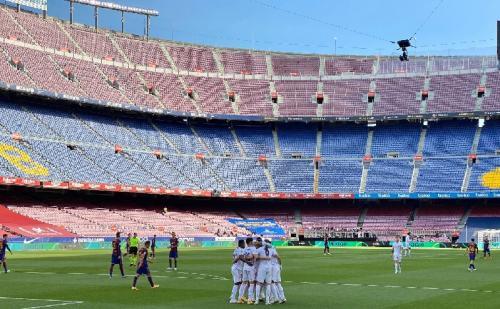 Sengit Barcelona Vs Real Madrid Sama Kuat Di Babak Pertama Okezone Bola