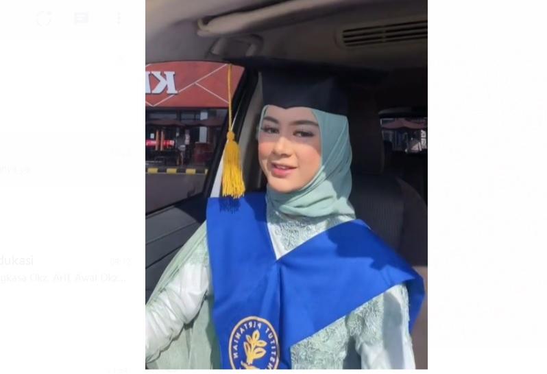 Viral! Mahasiswi IPB Mirip Paula Verhoeven Ini Berbagi Tips Cepat Lulus Kuliah