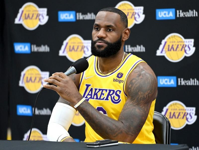 LA Lakers Dipermalukan Warriors, LeBron James Beri Alasan Klasik