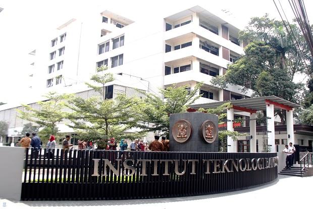 ITB Wisuda Pertama 2.596 Mahasiswa, 661 Sarjana Cumlaude